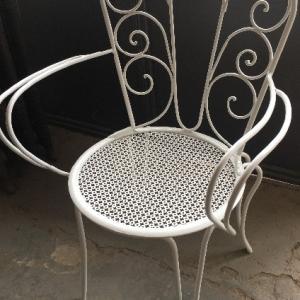 peinture pour chaise en fer